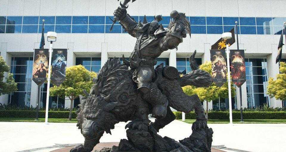 Причины падения стоимости акций Activision Blizzard